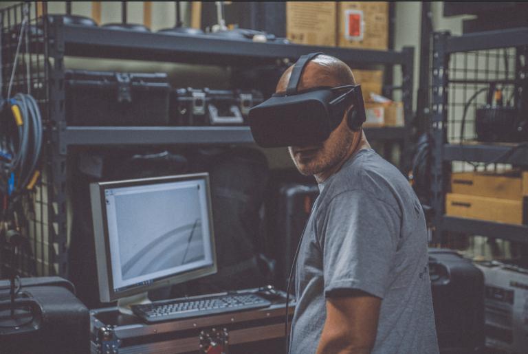 Pyramind Virtual Reality